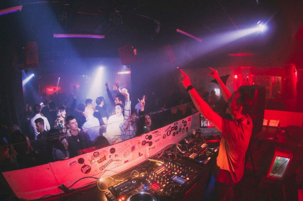 Clubs4