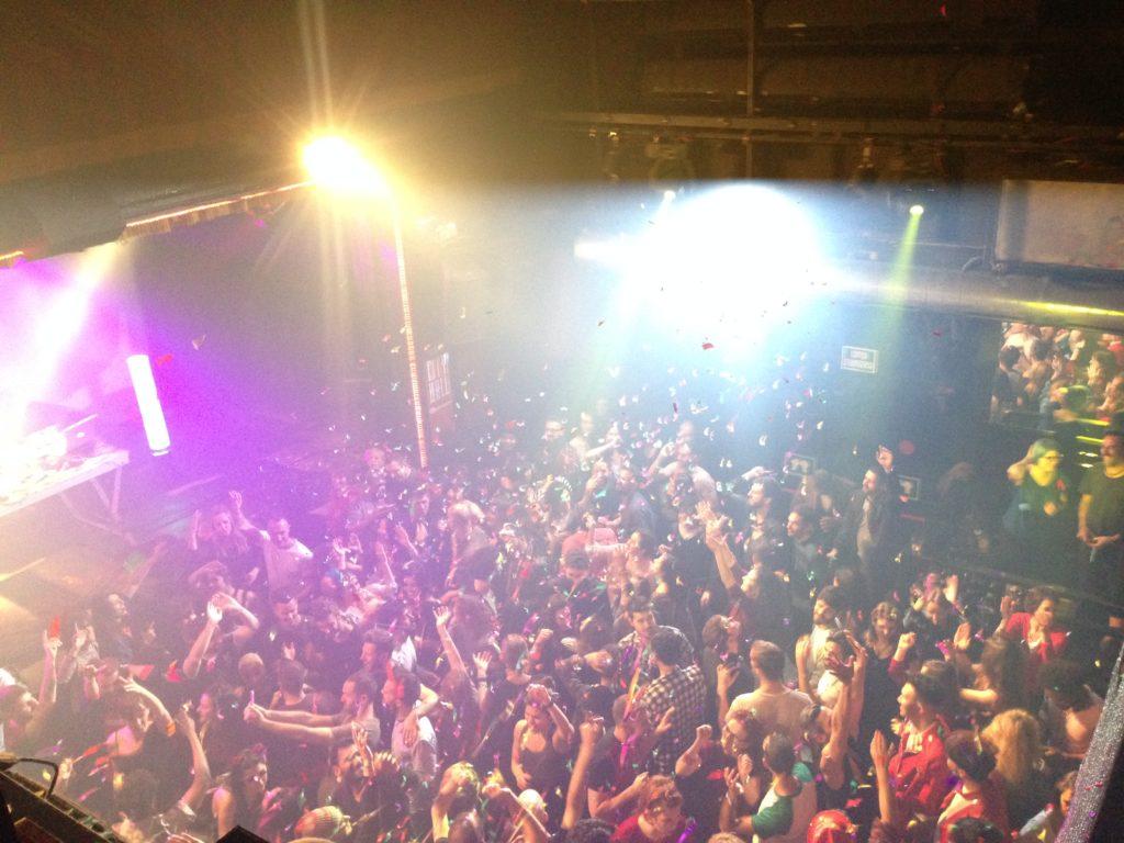 Clubs 9